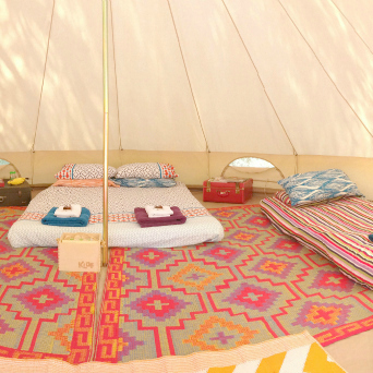 & Bell Tents - Happy Glamper